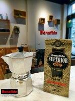 CAFETERA VOLTURNO MOKA 3P + 250 GR DE CAFÉ TOSTADO marca Bonafide